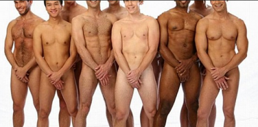 Ausência de Toque e Isolamento:   Como a Homofobia   roubou todos os homens do toque